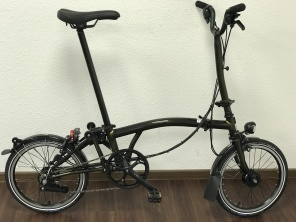 Brompton Black Edition M6LD in Black Lacquer