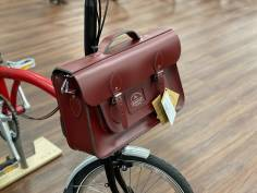Brompton Cambridge Satchel Company Batchel Oxblood Red Leder Tasche