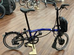 Brompton Electric H6LD Bolt Blue Lacquer