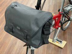 Brompton Metro Waterproof Bag L schwarz